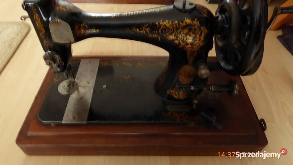 Walizkowa maszyna do szycia Singer z 19 wieku.