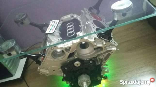 Stolik Z Silnika V6 Audi Zobacz Rgb