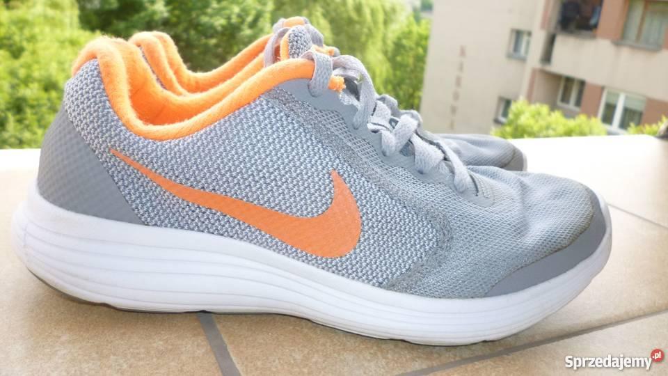 Nike revolution 3 rewelacyjne buty na lato, rozmiar 35,5