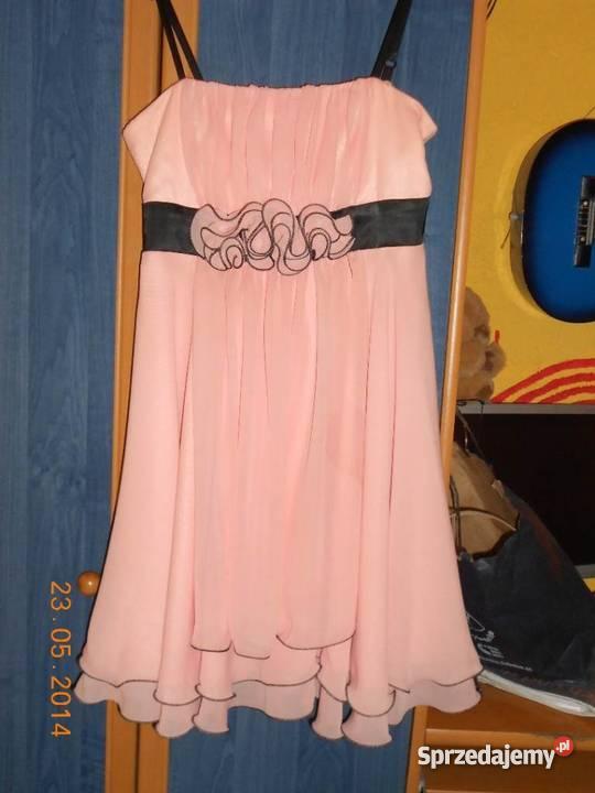 Śliczna jasnoróżowa sukienka (r. 38)