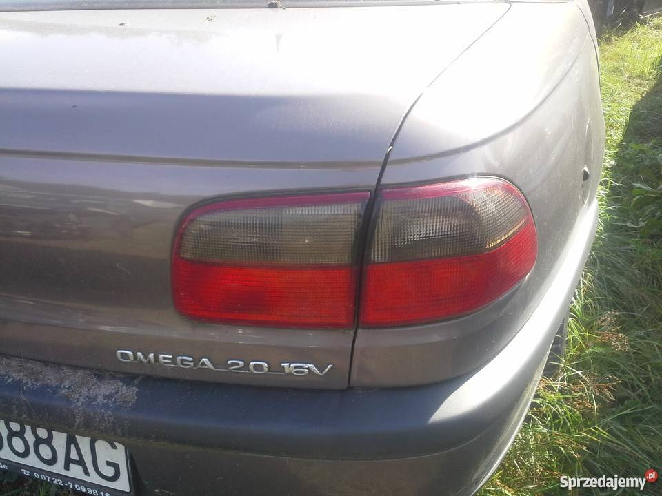 Lampa Tył Opel Omega B Sedan