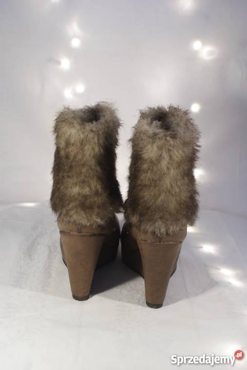 Brązowe zimowe buty botki z futrem na koturnie 38 futerko na