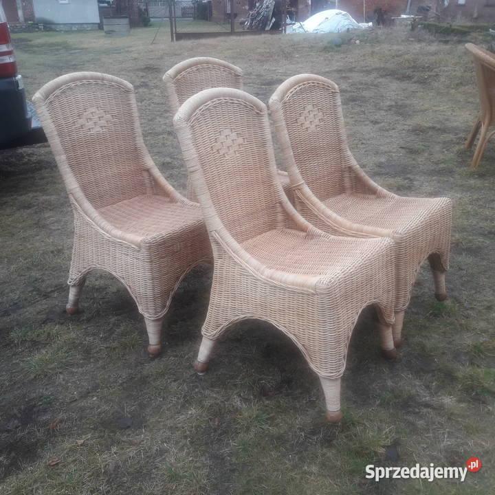 ładne fotele ratanowe