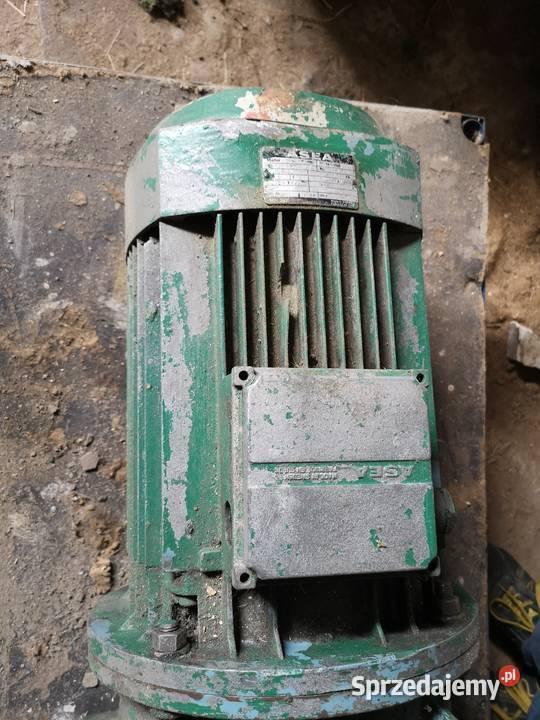 Silnik elektryczny 4,8kW kołnierzowy