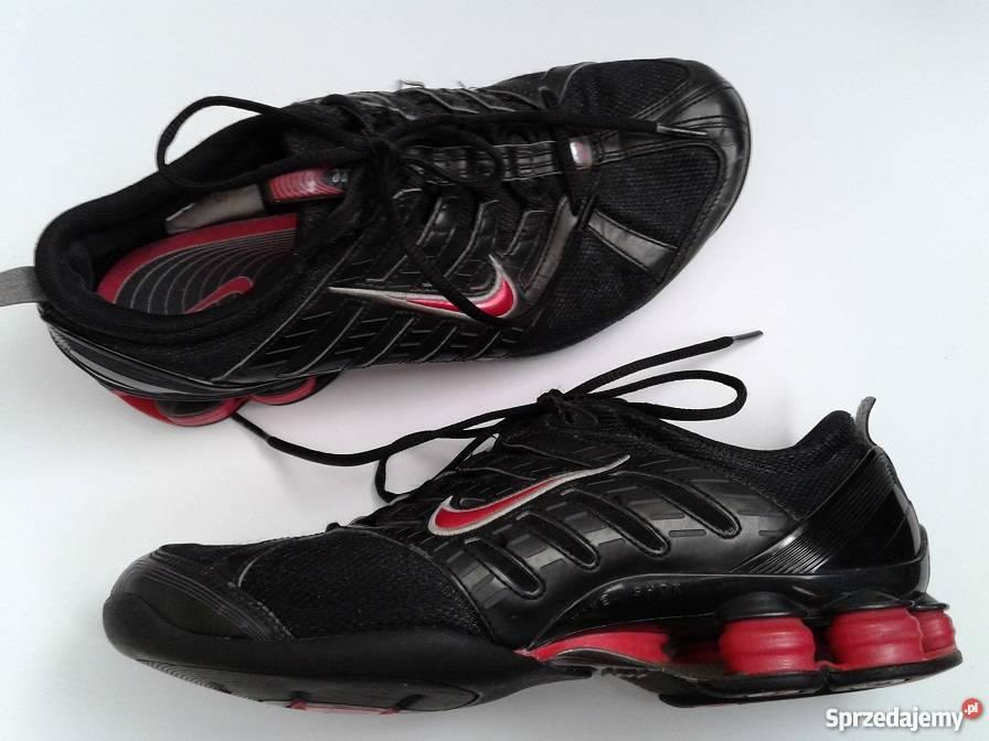 NIKE SHOX buty czerwono czarne roz 38,5 wkł 24,5