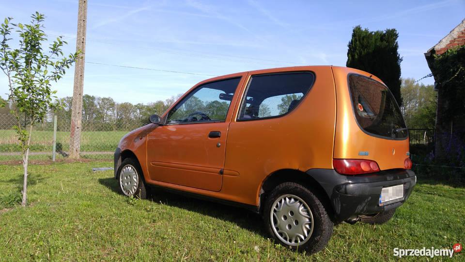 Fiat Seicento Young 2000r pojemność 900 kupiony w polskim salonie Police