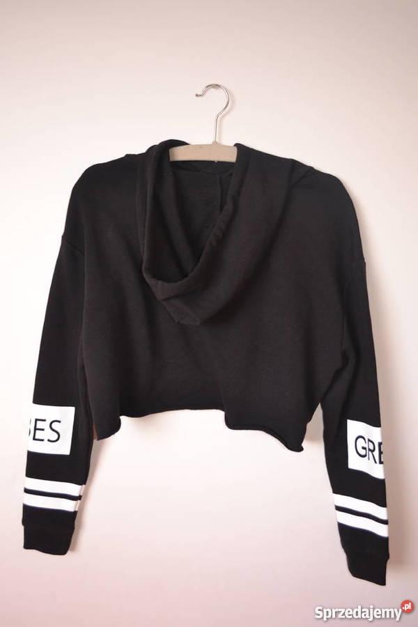 krótka czarna bluza hm