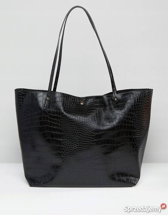 Czarna, klasyczna torebka mieszcząca a4 skóra węża