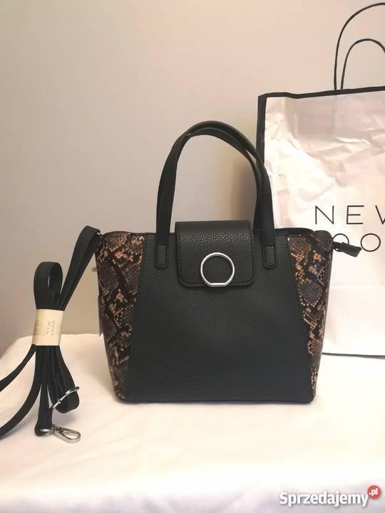 eed90ba244432 czarna torebka kuferek - Sprzedajemy.pl