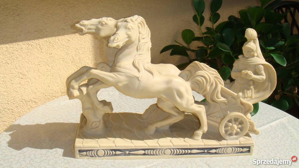 Rydwan rzeźba sygnowana konie z alabastru antyk lubelskie