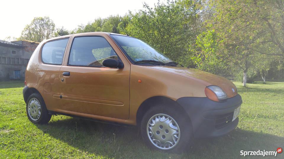 Fiat Seicento Young 2000r pojemność 900 Police sprzedam