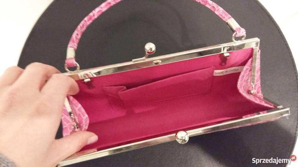 6be16582d39f7 Nowa wizytowa różowa kopertówka imitująca skórę. Nowa wizytowa różowa  kopertówka imitująca skórę różowy Szeligi sprzedam