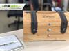 Grawer na drewnie, szkle, opakowaniach prezentów