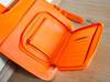 Skórzany, pomarańczowy plecak - bardzo oryginalny!