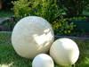 Kule ogrodowe, ceramiczne 40,28,16 cm.