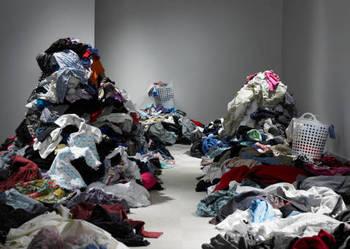 Sprzedaż ubrań, butów, dodatków - second hand