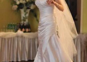Suknia ślubna white ONE model 411 - na sprzedaż!