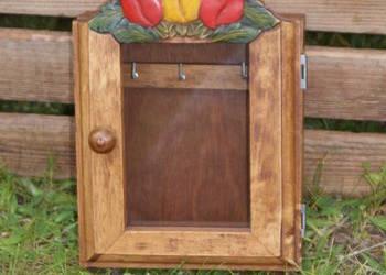 Drewniana szafeczka szafka na klucze