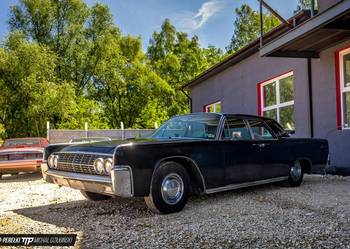 LINCOLN CONTINENTAL 1962 Suicide doors