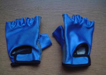 Rękawiczki sportowe dla dziecka