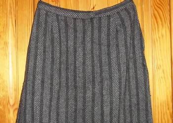Spódniczka wełniana,spódniczki zimowe