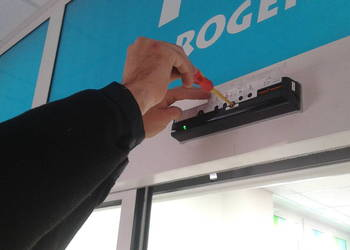 NAPĘD automat do DRZWI automatycznych drzwi przesuwnych