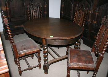 Stół dębowy w stylu Gdańskim