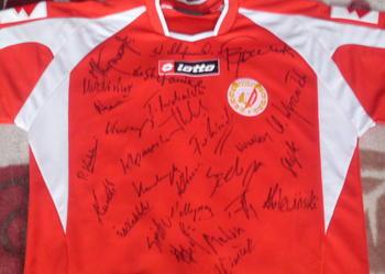 koszulka z autografami sportowców RTS WIDZEW