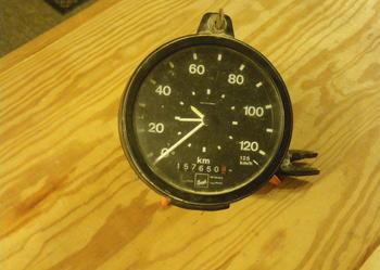 sprzedam zegar szybkościomierza