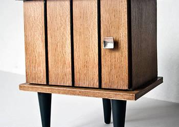 Oryginalna szafka na 3 nogach z lat 60-tych, retro, loft