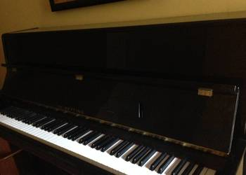 Pianino Legnica 2000 R.