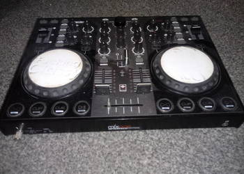 Kontroler DJski Reloop, Mixage Interface Edition