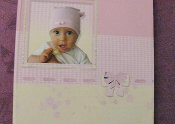 Album na zdjęcia dla dziecka - stan idealny, nieużywany.