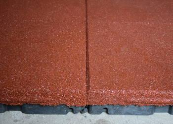 Płyta gumowa na plac zabaw SBR 100x50x4cm czerwona