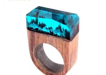 Piękny pierścionek z turkusową żywicą 19 mm