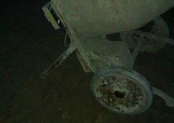 betoniarka - sprawna 60 litrowa - na 230 V  - tylko 590 zł