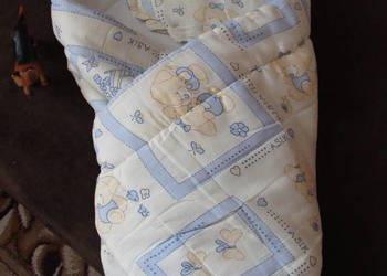 rożek becik niemowlęcy z poduszeczką