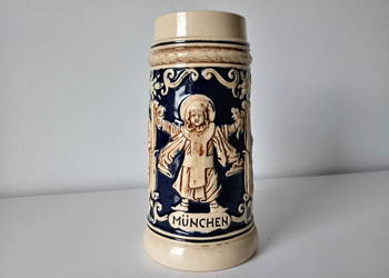 Kolekcjonerski kufel ,, Munchen '' - sygnowany