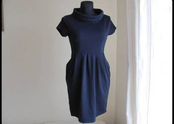 granatowa sukienka z zakładkami 38 M