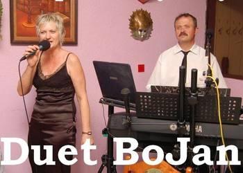 Duet Muzyczny lub Jednoosobowa Orkiestra.