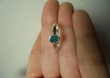 Naturalny czarny opal australijski - pierścionek