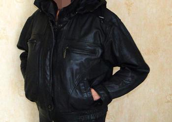 kurtka skórzana czarna z kapturem i podpinką