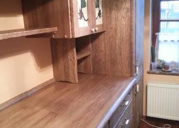 Drewniane meble kuchenne - stylowe, ręcznie rzeźbione
