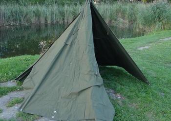 pałatka peleryna namiot brezentowy wojskowy stelaż