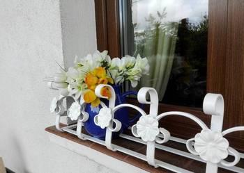 Kwietnik kuty kwiaty doniczka doniczki skrzynki balkonowe