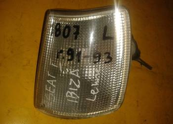 wyprzedaż - kierunkowskaz lewy Seat Ibiza r.91-93