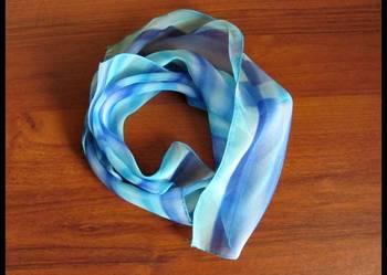 Błękitna apaszka chusta