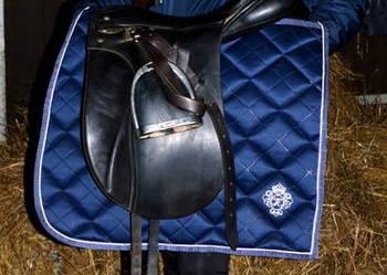 czaprak ujeżdżeniowy satynowy ekskluzywny Pionier Horse DL
