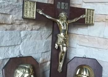 Krzyż dębowy, stary, łaciński, dewocjonalia, płaskorzeźby
