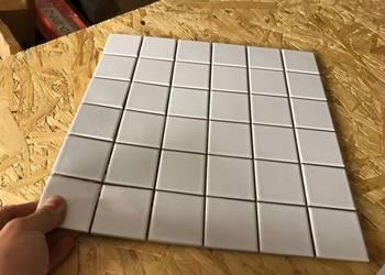 mozaika biała połysk ceramiczna 2,3x2,3  kostki matowa